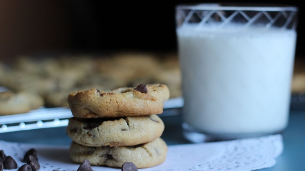 Image of milk and cookies