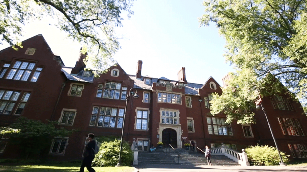 Photo of Skinner Hall at Mount Holyoke College