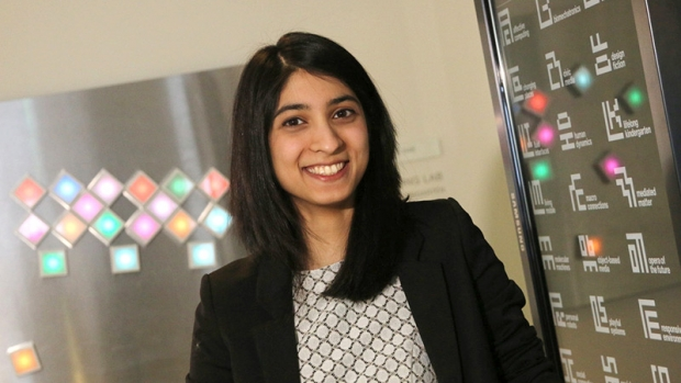 Image of Mina Khan '15.