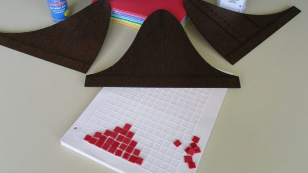 A 3D toolkit for students with visual impairments that contains a Braille label maker, Braille playing cards and three hardboard distributions.