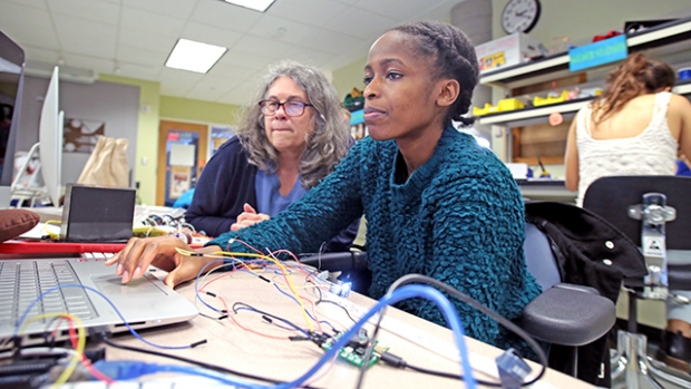 Tracy Keya and Janet Slocum in Mount Holyoke makerspace