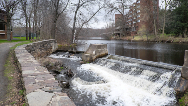 Photo of the waterfall by Kendall Hall
