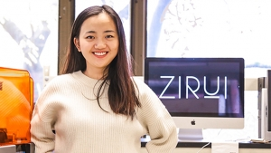 Regina Ye '18 crowdfunded $20,000 and is moving into production of her first ZIRUI travel bags.