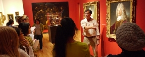 Professor Paul Staiti leads a discussion in the Art Museum.