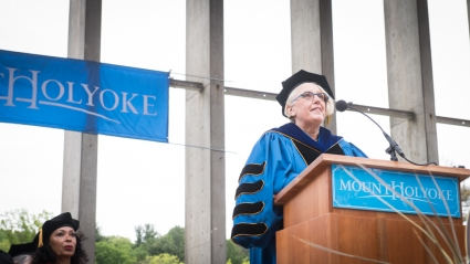 Sonya Stephens speaking at 2017 Commencement