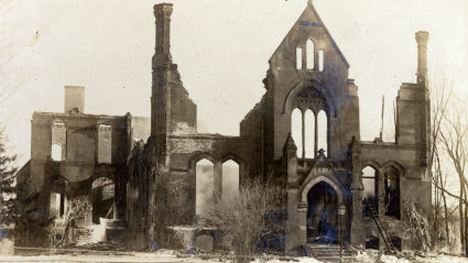 The ruins of Williston Hall after a 1917 fire